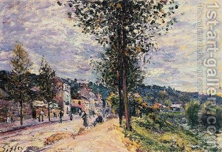Street Entering the Village by Alfred Sisley - Reproduction Oil Painting
