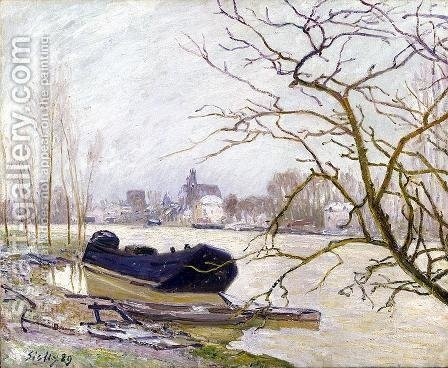 The Loing at High Water by Alfred Sisley - Reproduction Oil Painting
