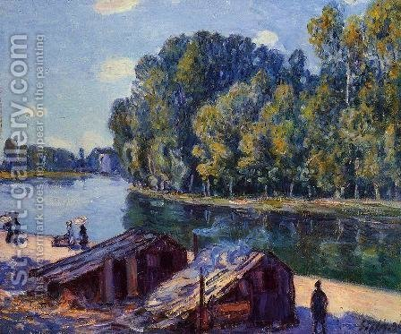 Cabins along the Loing Canal, Sunlight Effect by Alfred Sisley - Reproduction Oil Painting