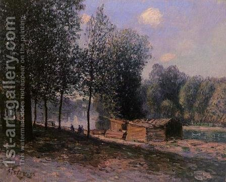 Cabins by the River Loing, Morning by Alfred Sisley - Reproduction Oil Painting