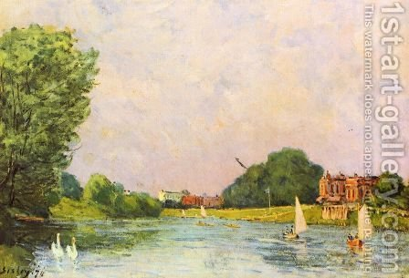 Themse with Hampton Court by Alfred Sisley - Reproduction Oil Painting