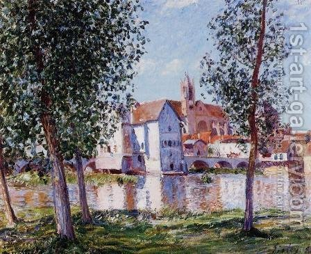 Moret Sur Loing In Morning Sun by Alfred Sisley - Reproduction Oil Painting