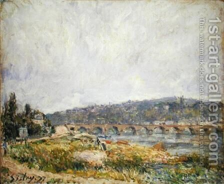 Bridge at Sevres, 1877 by Alfred Sisley - Reproduction Oil Painting