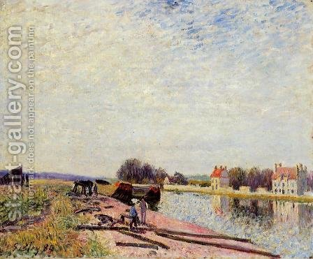 Barges on the Loing, Saint-Mammes by Alfred Sisley - Reproduction Oil Painting