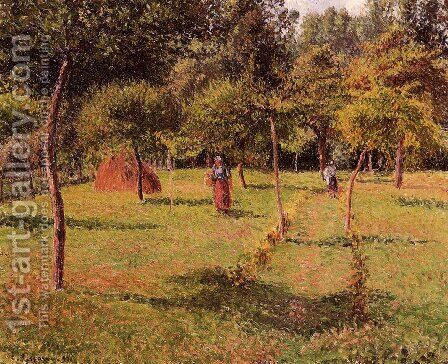 Enclosed Field at Eragny by Camille Pissarro - Reproduction Oil Painting