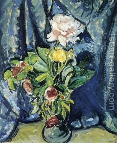 Flowers Against a Blue Drape 1926 by Alfred Henry Maurer - Reproduction Oil Painting