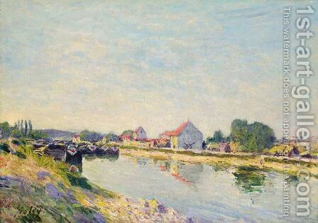 Chalands Sur Le Loing by Alfred Sisley - Reproduction Oil Painting