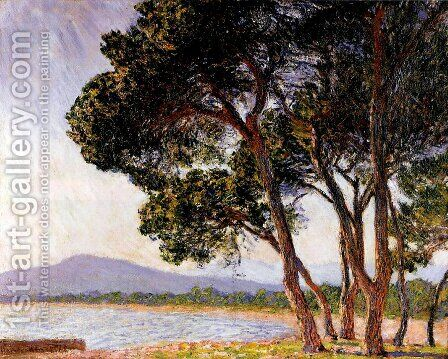 Beach In Juan Les Pins by Claude Oscar Monet - Reproduction Oil Painting