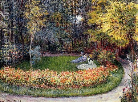 In The Garden by Claude Oscar Monet - Reproduction Oil Painting